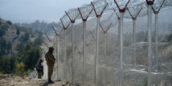 construction of barbed wire fence